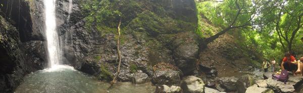 大津瀑布全景