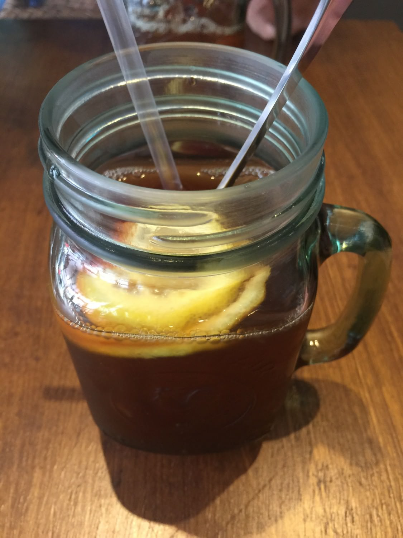 夠味道地的凍檸茶