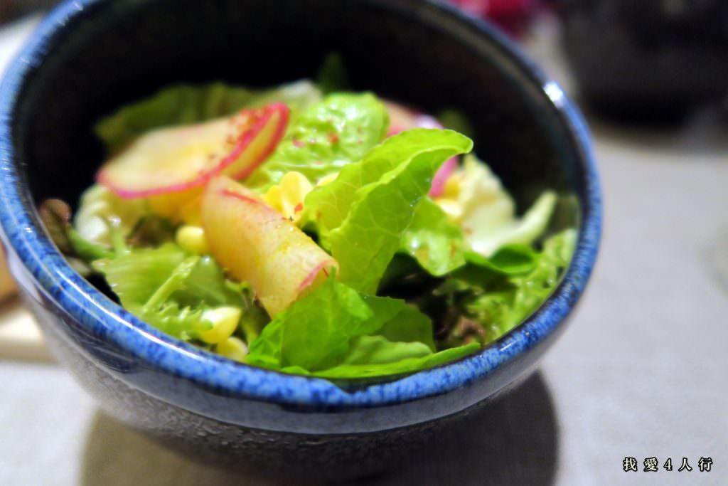 沙拉,裡面的蔬菜是來自麻豆元氣家